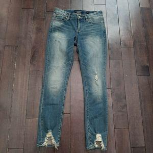 Lucky Brand Lolita Skinny Jeans Distressed 2/26